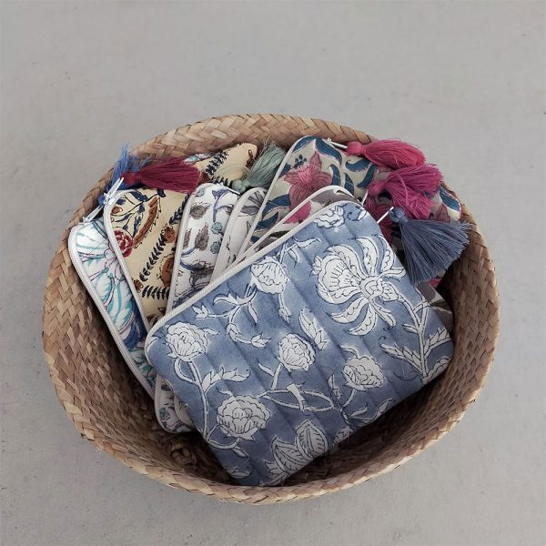 QUILTED BLOCK PRINTED EVERYDAY POUCH_1
