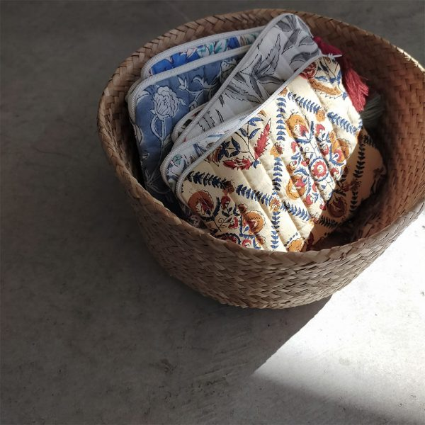 QUILTED BLOCK PRINTED EVERYDAY POUCH_3