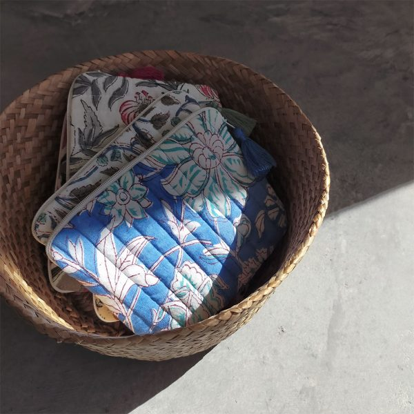 QUILTED BLOCK PRINTED EVERYDAY POUCH_4