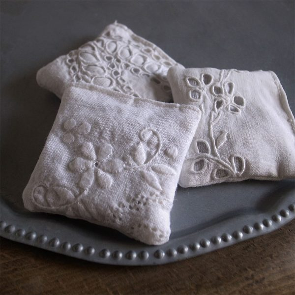 ANTIQE FRENCH LACE LAVENDER POUCHES-5