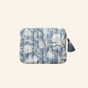 QUILTED BLOCK PRINTED EVERYDAY POUCH-01